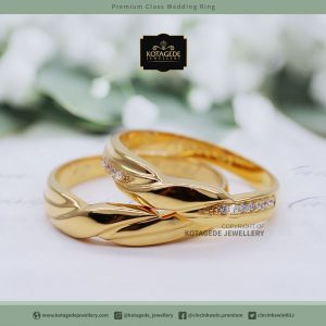 Cincin Kawin Tunangan Emas Kuning Couple YG0026