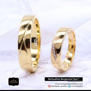 Cincin Kawin Tunangan Emas Kunig Couple YG0114YG