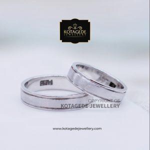 Cincin Kawin Tunangan Palladium Couple Putih PD0086