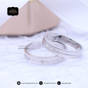 Cincin Kawin Tunangan Platinum Emas Putih Couple PT0182WG