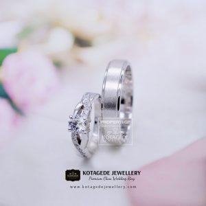 Cincin Kawin Tunangan Platinum Palladium Elegant PT0128PD