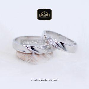 Cincin Kawin Tunangan Platinum Emas Putih PT0075WG