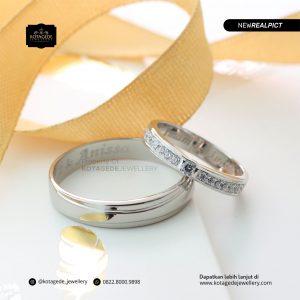 Cincin Kawin Tunangan Platinum Emas Putih Premium PT0187WG