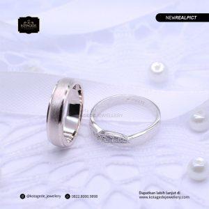 Cincin Kawin Tunangan Platinum Emas Putih Premium PT0207WG