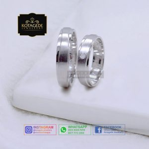 Cincin Kawin Tunangan Platinum Palladium Simple PT0073PD